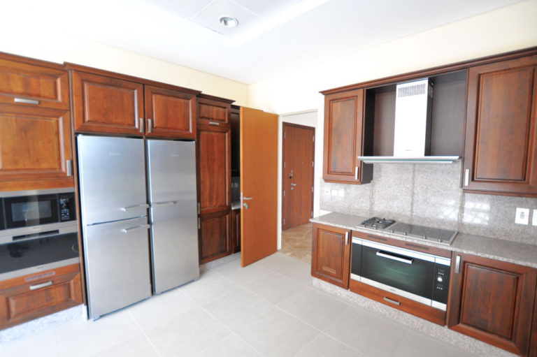 4BR Penthouse in Dream Palm Residence - 5678 sq.ft, Palm Jumeirah