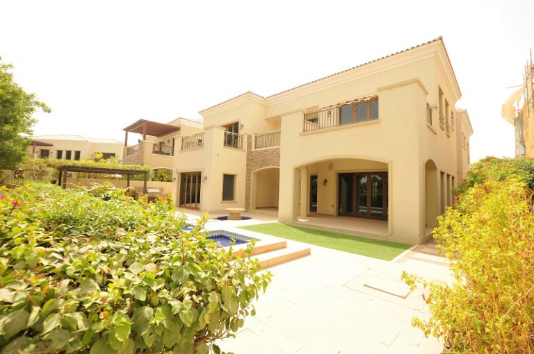 5BR Villa in Lime Tree Valley, Jumeirah Golf Estate   AED 7,550,000